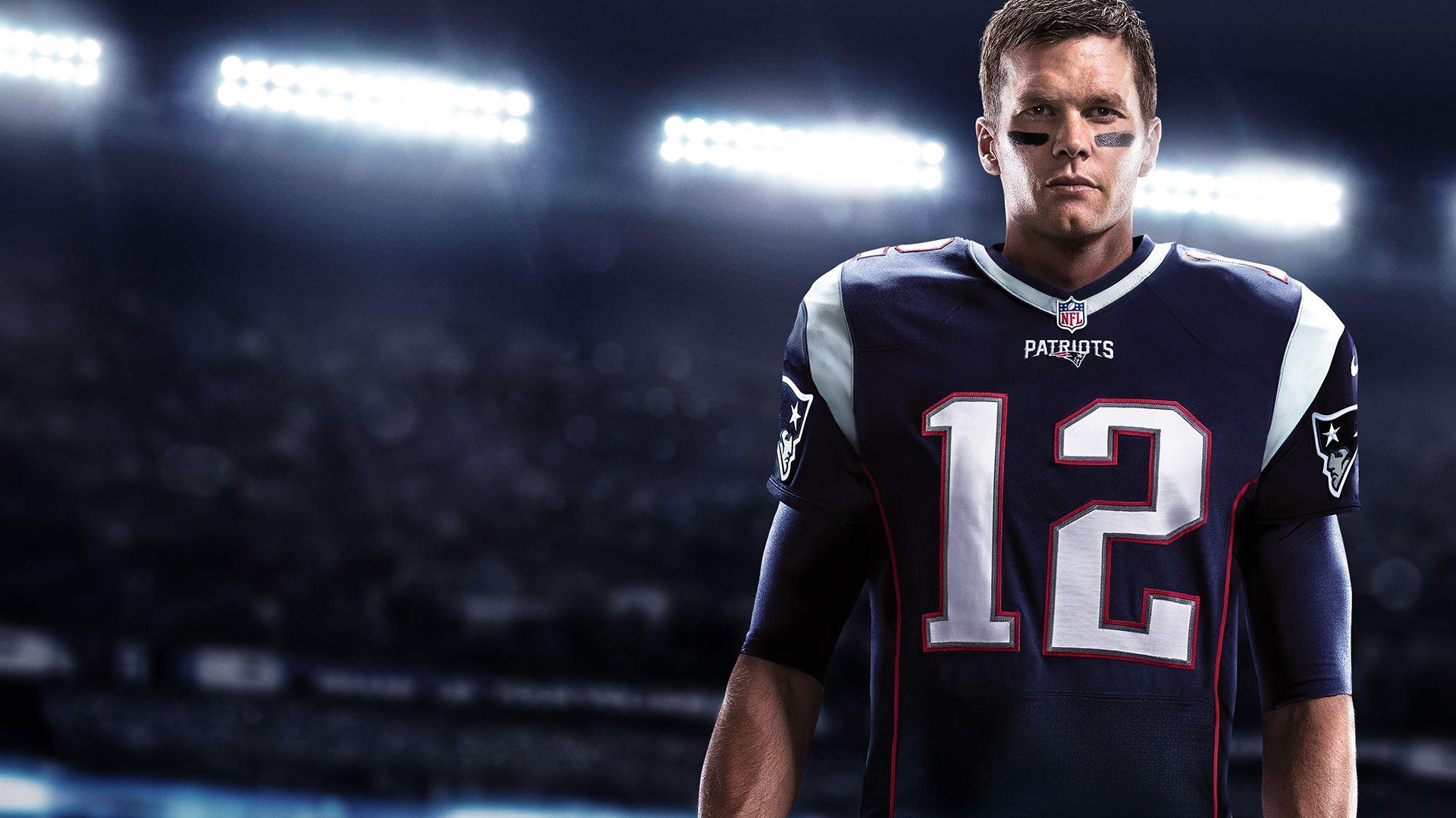 Buy Madden NFL 18 CoachGlass - Microsoft Store
